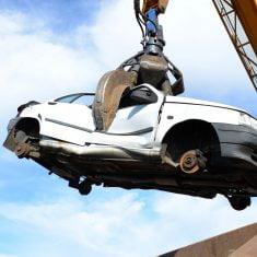 zasady złomowania samochodów